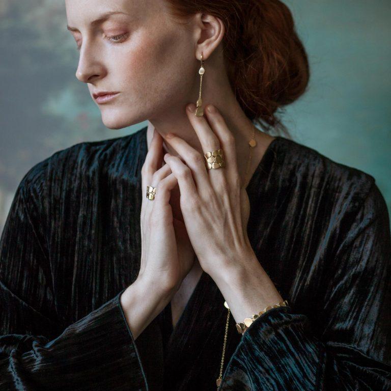 orecchini e anelli collezione pavé